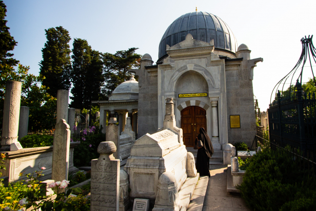 Fatih Mosque Tombs
