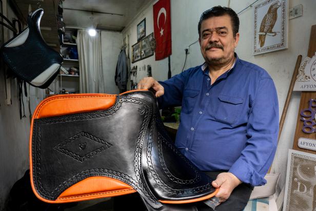Afyon Saddle maker