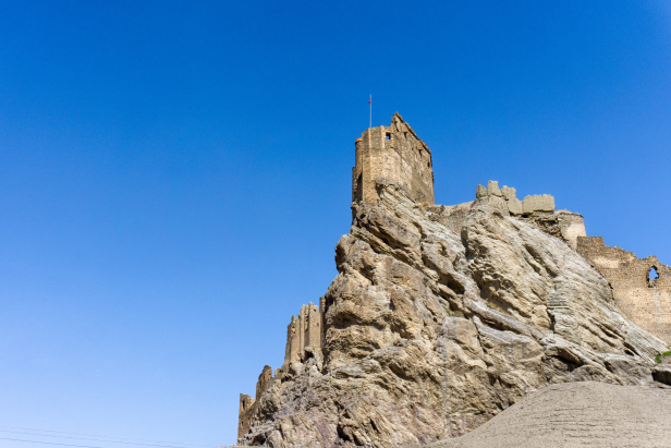 Van Blog Church Castle