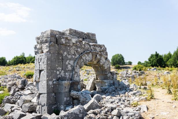 Kremna Ancient City Guide